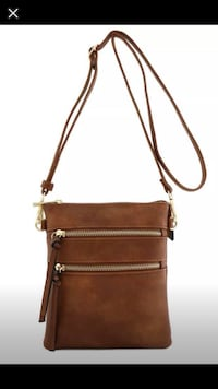 New with tags- Isabelle Multi Pocket Crossbody Purse  Seymour, 37865