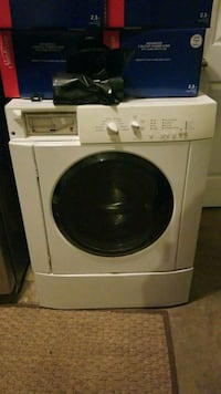 Works Front load washer 10 yrs. Gambrills, 21054