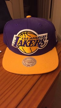 purple and yellow Los Angeles Lakers cap Columbia, 21045