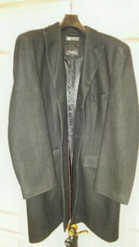 Wool Black coat, size 42 Toronto, M9B 4N8