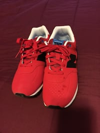 Pair of red new balance low tops Martinsburg, 25404