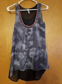 women's gray and black tank top Warrensburg, 64093