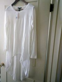 High-low Forever 21 shirt  Welland, L3C 4Z4