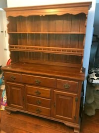 Hutch in good condition Palm Harbor, 34685