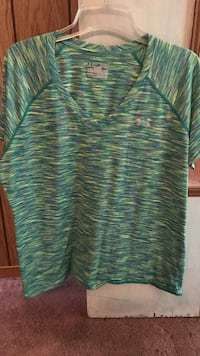 Green and blue under armour v-neck shirt West Terre Haute, 47885