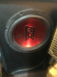 Amazing 8 Inch Sub with deck and amp   Mississauga, L5B 4G7
