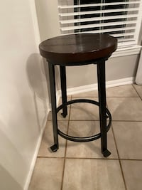 Bar stools rustic/farmhouse look- delivery Fort Washington, 20744