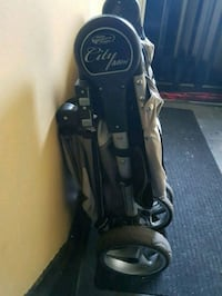 black and gray golf bag Montreal, H4G 2E2