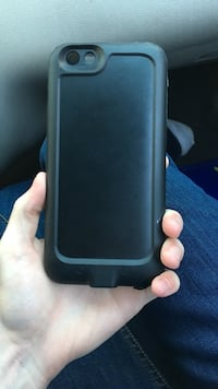 Mophie charging case. Also waterproof  Modesto, 95355