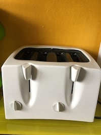 White four slice toaster, Capitol Heights Capitol Heights, 20743