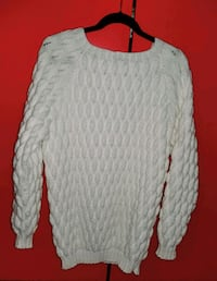 NEW - Hand knit sweater  Oakville, L6M 0H3