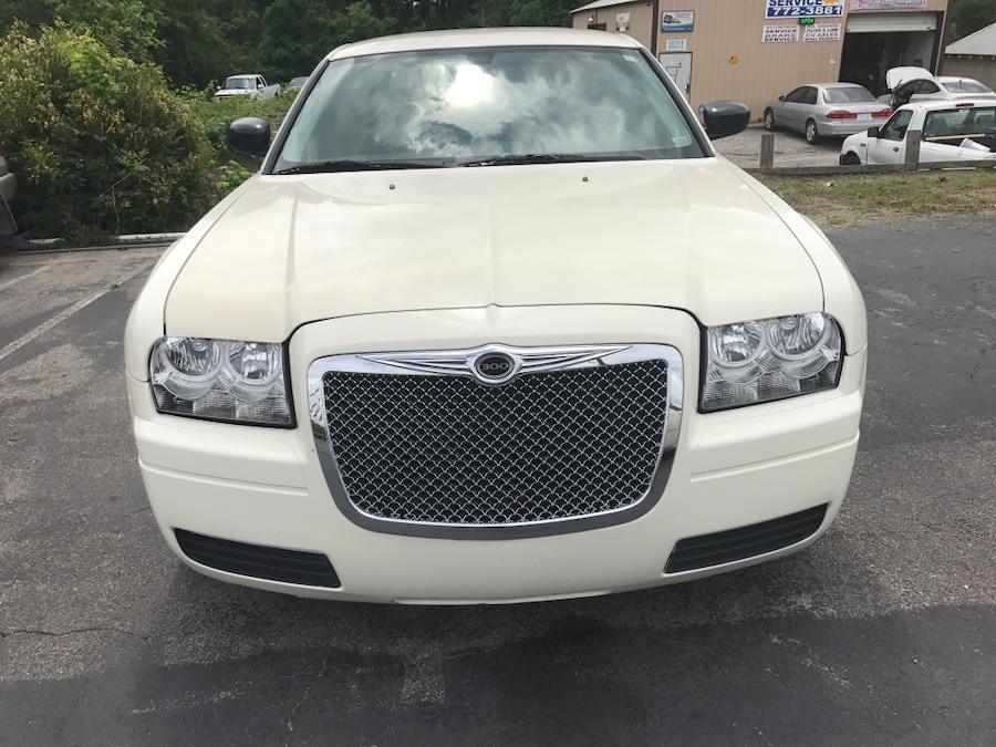 Used 08 Chrysler 300 Touring In Columbia