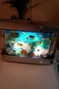television I'm moving scrolling fish light  Parma, 44134
