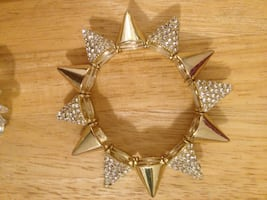 New crystal spiked, gold tone bracelet