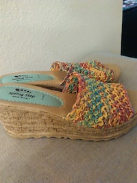 LADIES 6.5 WEDGES, MADE IN ITALY Lafayette