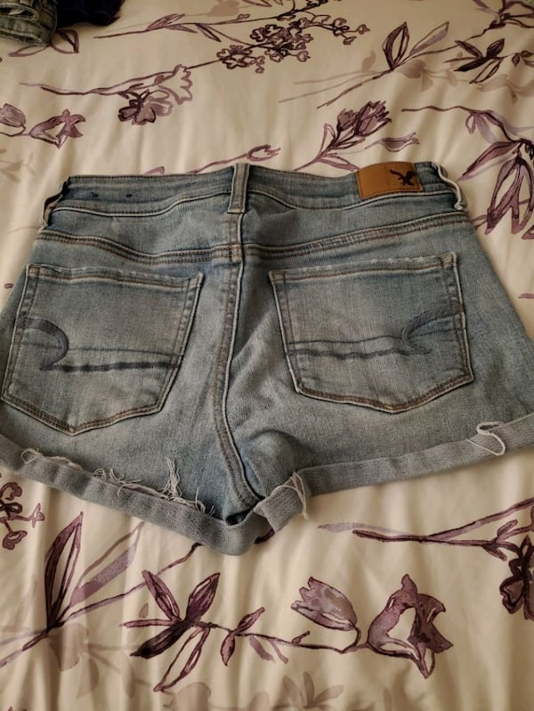 American Eagle shorts size 4 1