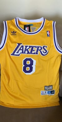 yellow and white Lakers 24 jersey shirt Chicago, 60629