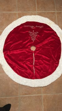 red and white Christmas tree skirt
