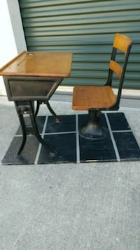 two brown wooden side tables Cibolo, 78108