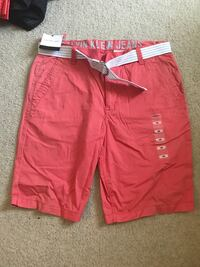 Calvin Klein new shorts with belt size 34 Frederick, 21701