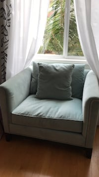 White leather sofa chair with throw pillow Los Angeles, 90094