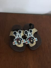 Mickey Mouse Design 2T slipper Vancouver, V5S 3N5