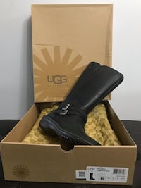 Black ugg leather wide-calf biker boots with box Calgary, T3C