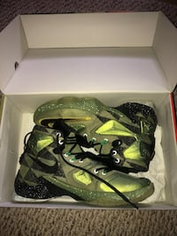 Lebron 13  Youngstown