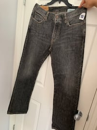 Brand new with tags gap jeans Vancouver, V5P 3N3