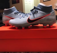 Nike soccer cleats (size 5) Colonia, 07067