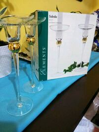 two clear glass wine glasses Torrance, 90504