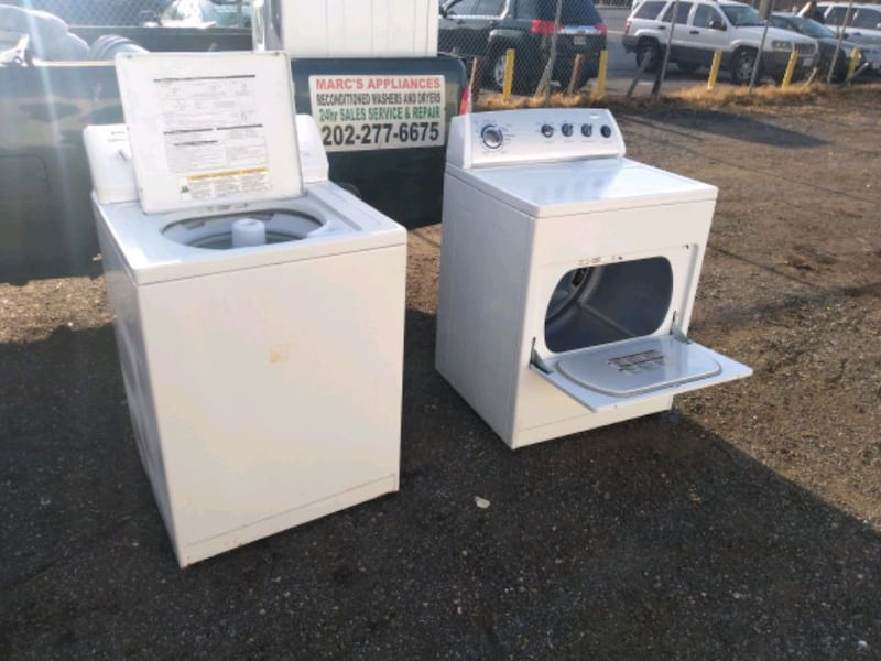 Whirlpool heavy duty washer and dryer set works good 6 month warranty 7c953154-2d08-47b7-bff8-0a10245c661b