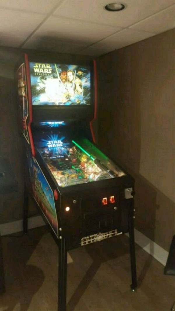 Star Wars Pinball Machine >> Used Star Wars Pinball Machine Used Very Little For Sale In Glen