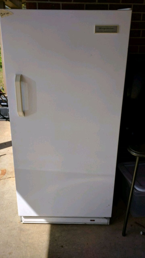 Used Frigidaire 14 Cubic Foot Commercial Freezer For Sale In Opelika Letgo