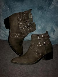 European Brand Booties! Size 39 Vancouver, V5W