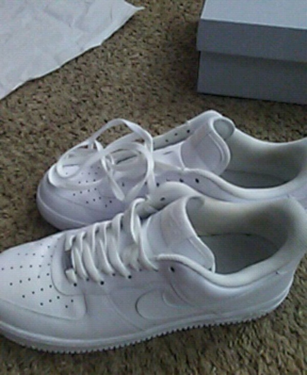 98aa4c6ceed5 Used pair of white Nike Air Force 1 low for sale in Marietta - letgo