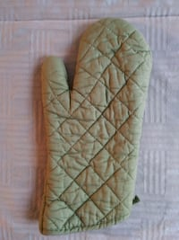 Green Kitchen Oven Mitts (2 Pack)