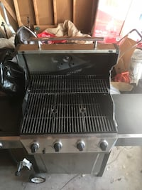 silver gas grill Cleveland Heights, 44118