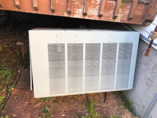 Used Broken A/C Air Conditioning Unit, for Parts/Scrap metal