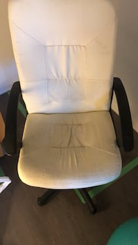 Office Chair Toronto, M4M 1J3