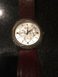 Kenneth Cole Classic Brown Toronto, M5V