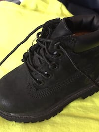 Toddler size 4 timberland boots Mississauga, L5J