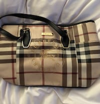 Burberry Laval