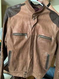 Men's Leather Jacket Toronto, M5T 3B9