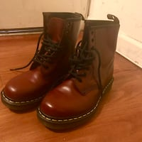 Dr. Martens 1460 Cherry Red Los Angeles, 90005
