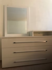 white wooden dresser with mirror Alexandria, 22303