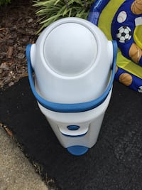 Diaper Pail/Trash Can - DiaperChamp Falls Church, 22046