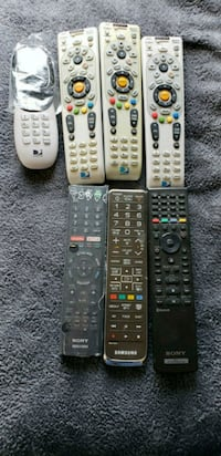 Various types of remote controls Batavia, 60510