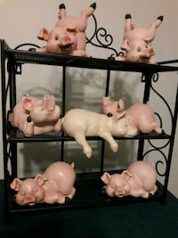 Pig figurines new Clifton, 20124