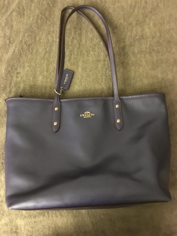 Used Women s purple coach leather tote bag for sale in Bloomington - letgo 1fa2acde3a